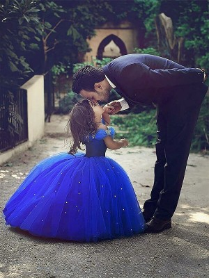 Ball Gown Off-the-Shoulder Sleeveless Floor-Length Tulle Flower Girl Dresses with Crystal