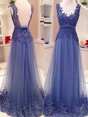 A-Line/Princess V-neck Sleeveless Floor-Length Tulle Dresses with Applique