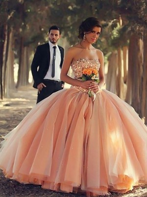 Ball Gown Strapless Sleeveless Floor-Length Tulle Dresses with Beading
