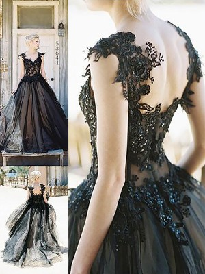 Ball Gown Sweetheart Sleeveless Sweep/Brush Train Tulle Dresses with Lace