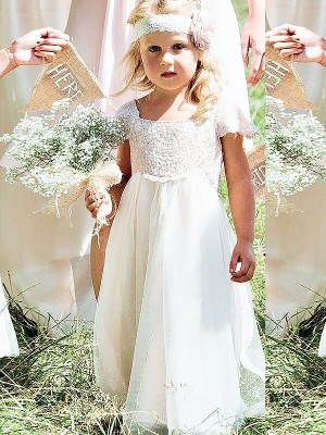 A-Line/Princess Square Short Sleeves Floor-Length Chiffon Flower Girl Dresses with Lace