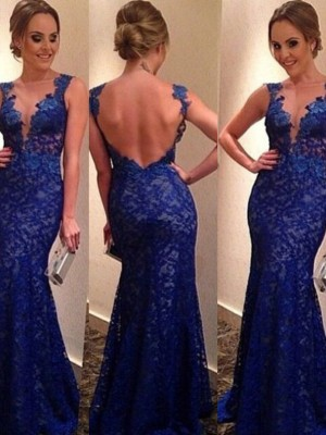 Trumpet/Mermaid V-neck Sleeveless Sweep/Brush Train Lace Dresses with Applique
